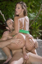 Amirah Adara - Midnight In The Garden 10