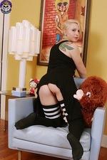 Devilish Punky Babe Toys 03