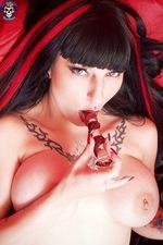 Gothic Vampire Babe 06
