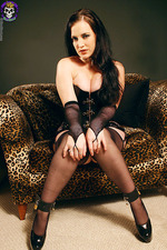 Gorgeous Goth In Corset 03