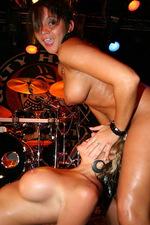 Slutty girls naked in the night club 09