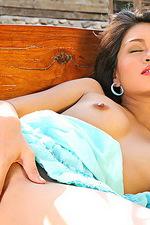 Asian Amelia Luv 19