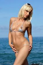 Adriana Silver bikini 01