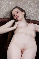 Emily Bloom In Garnaa 03