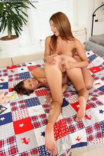 Teen Cuties Toying 01