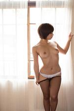 Asian Girl Mana Sakura 01