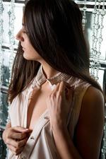 Cira Nerri Shows An Erotic Striptease 01