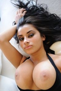 Sexy brunette show her sweet tits
