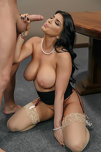 Romi Rain Fucks In Her Office