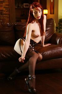 Gothic Redhaed Babe Violet Monroe In Erotic Pics