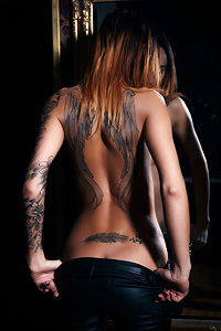 Sexy Inked Emma In Erotic Art Pictures