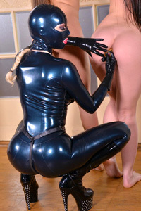 Wendy Moon With Latex Lucy And Mea Melone
