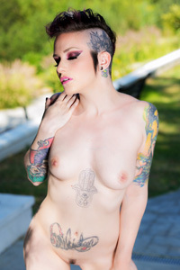 Rizzo Ford Extreme Tattooed Babe