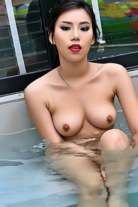 Ayumi In The Jacuzzi